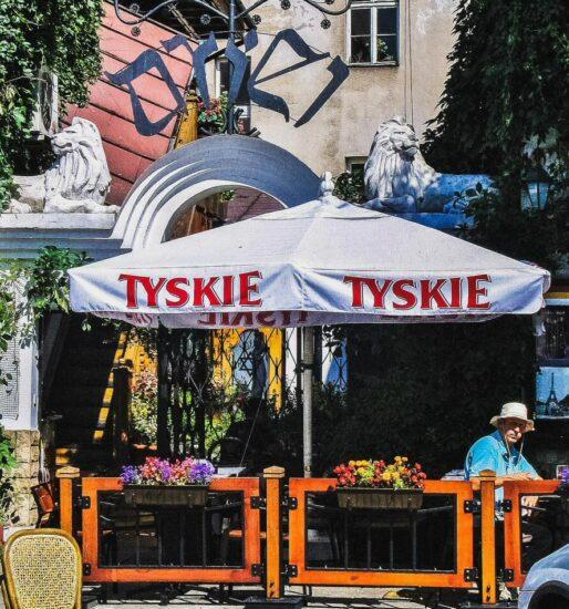 Bar en el Barrio Judío de Cracovia