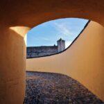 Pasaje entrada al Fuerte de Santa Lucia desde Elvas en Alentejo