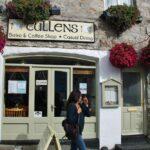 Café en Clifden en la ruta de la costa atlántica de Irlanda