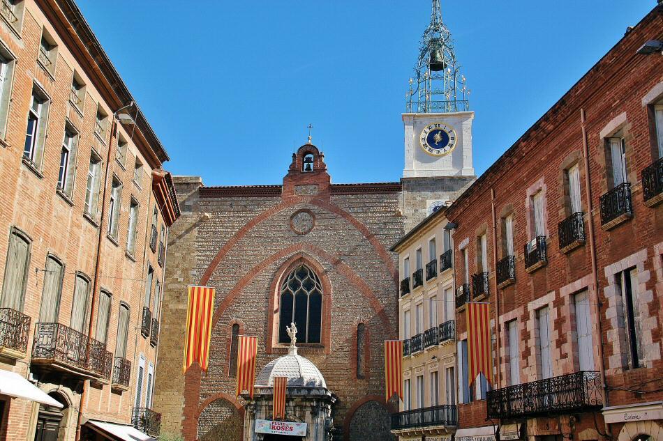 Catedral de San Juan el Joven en el centro histórico de Perpiñán