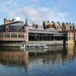 Antigua Lonja de Pescado en Gante en Flandes Bélgica