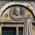 Efigie de Carlos V en una casa en Burgstraat en Gante en Bélgica