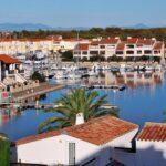 Vistas desde la piscina del hotel L´Ile de la Lagune en Saint-Cyprien