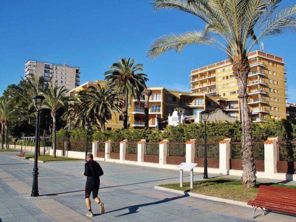 Villas y edificios vacacionales en el Paseo Pilar Coloma de Benicàssim