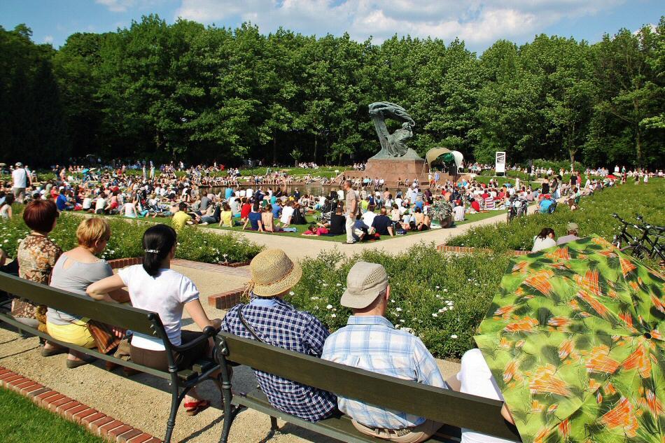 Conciertos al aire libre de Chopin en parque Lazienki de Varsovia