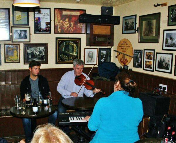 Pub Matt Molloy´s en Westport al oeste de Irlanda