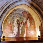 Sepulcro en la iglesia mozárabe de Wamba en Valladolid