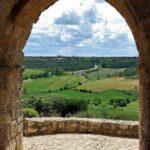 Arco en la muralla de Urueña en Valladolid