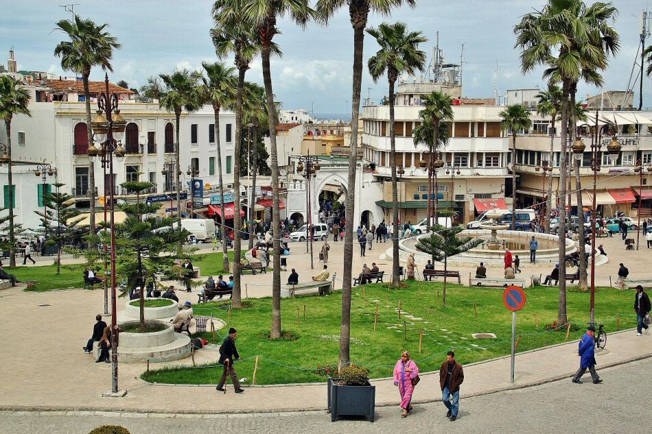 Plaza 9 de Abril en Tánger al norte de Marruecos