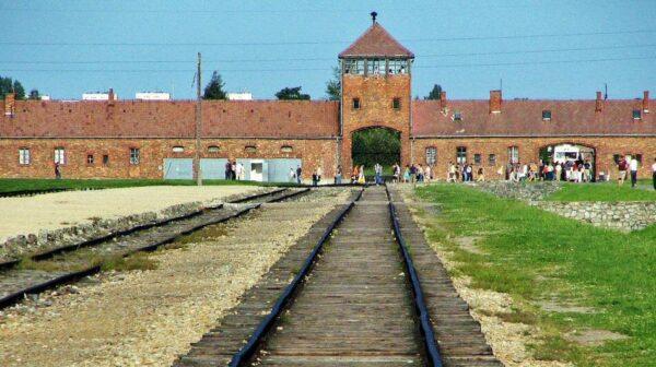Antiguo campo de concentración de Auschwitz II Birkenau