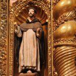 Escultura del altar mayor de la iglesia de la Compañía en Quito
