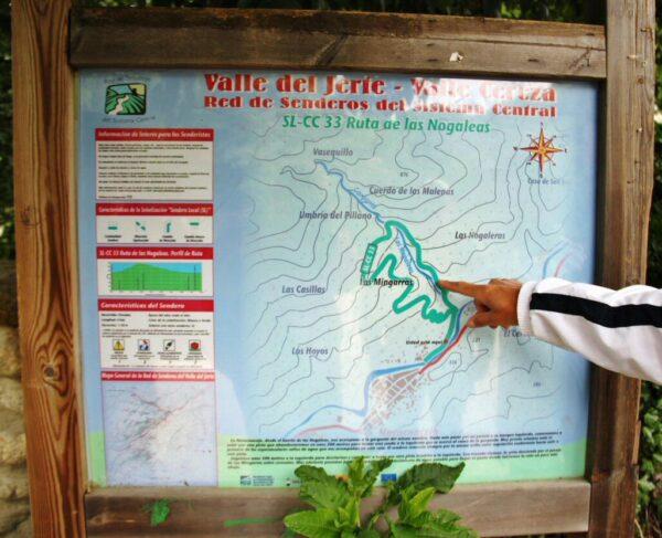 Rura de senderismo Garganta de las Nogaledas en Valle del Jerte