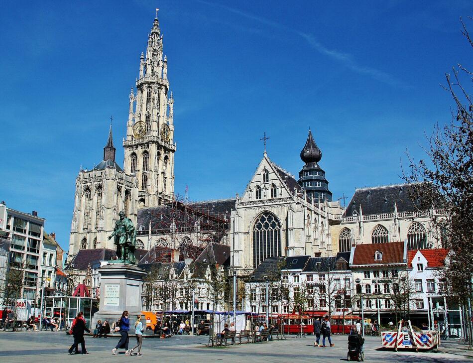Catedral gótica de Amberes en Flandes en Bélgica