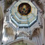 Cúpula de la catedral gótica de Amberes en Flandes