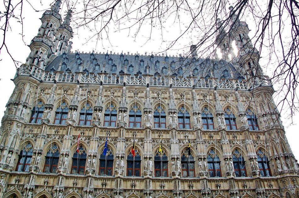 Consejos para tu visita de Lovaina y su ayuntamiento gótico en Flandes