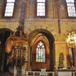 Rincón de la nave central de la catedral de Bremen al norte de Alemania