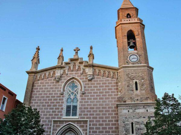 Iglesia de Santa María en casco histórico de Cambrils