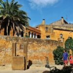 Rincón del pueblo medieval de Peratallada en la Costa Brava