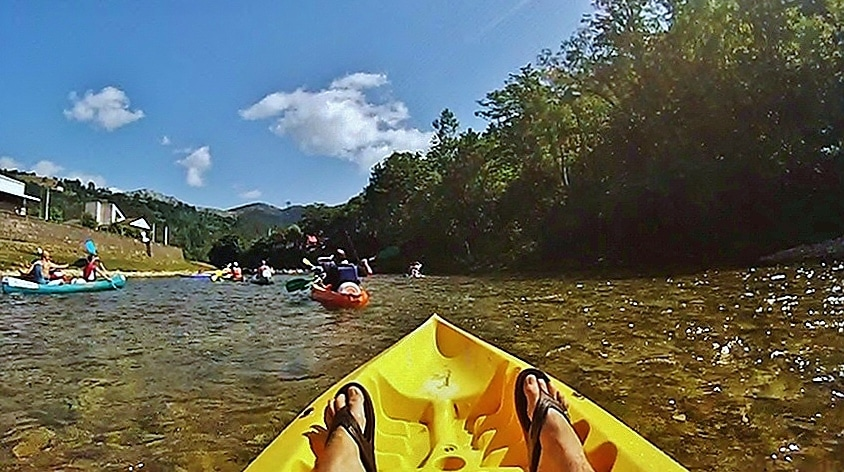 Actividad del descenso del río Sella en Asturias