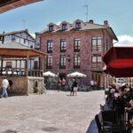 Plaza del Quiosco en Ezcaray en La Rioja
