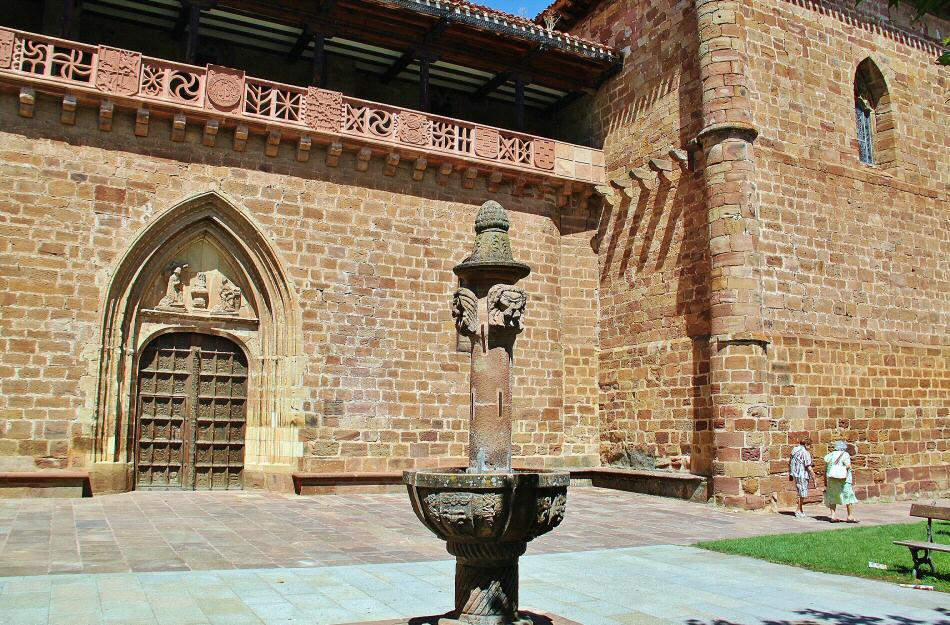 Resultado de imagen de Iglesia de Santa María la Mayor en Ezcaray