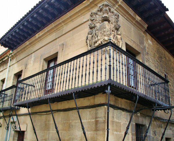 Casa de los Hierros en Elciego en Rioja Alavesa