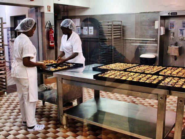 Antigua fábrica y pastelería de los pasteles de Belém cerca de Lisboa