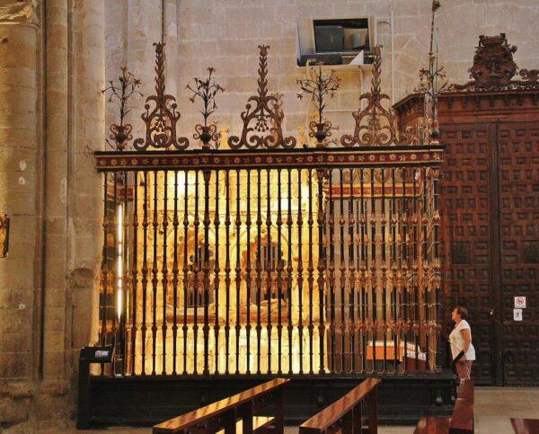 Sepulcro de Santo Domingo de la Calzada en la catedral