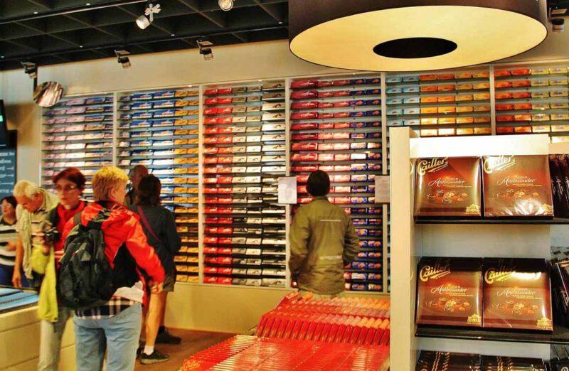 Tienda de la fábrica de chocolates Cailler en Suiza