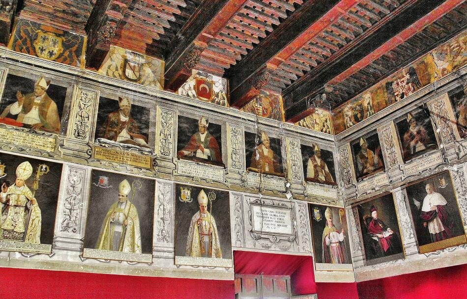 Salón de los Obispos en el palacio Espiscopal de Tarazona
