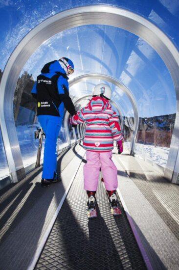 Escuela de esquí infantil en Grandvalira en Andorra