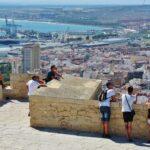 Vistas panorámicas de Alicante desde el castillo de Santa Bárbara