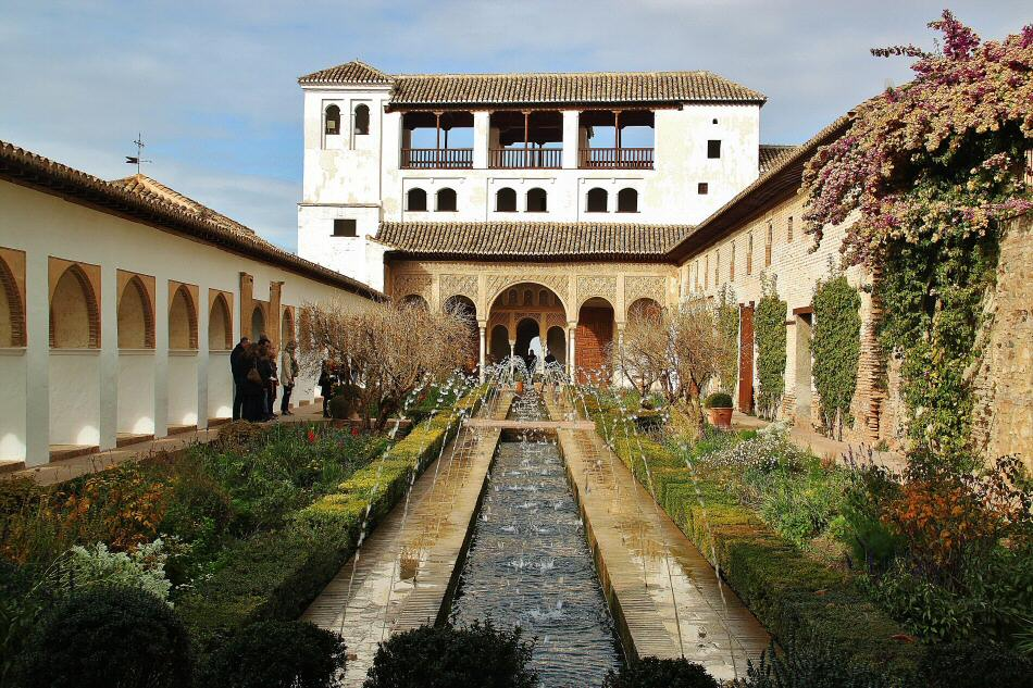 Jardines del generalife en la alhambra de granada gu as viajar - Residencia los jardines granada ...
