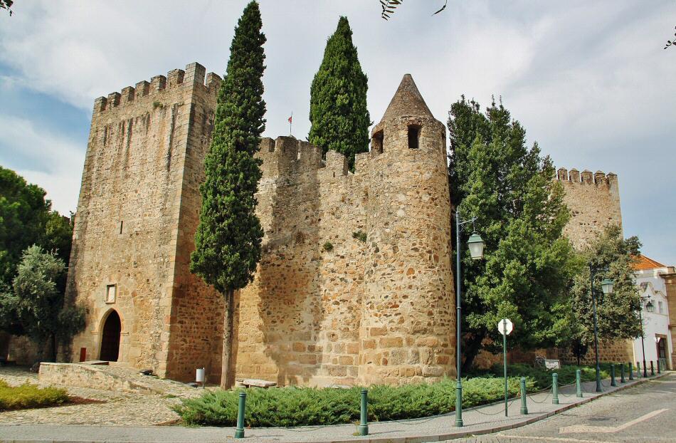 Castillo de Alter do Chao en el Alentejo de Portugal