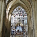 Vidrieras en la catedral de Bruselas en Bélgica