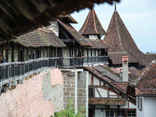 Muralla medieval de Murten en Suiza