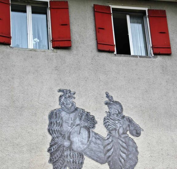 Rincón del pueblo medieval de Murten en Suiza