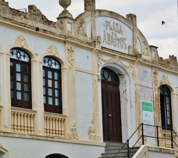 Plaza de Abastos en el castillo de Fregenal en Badajoz