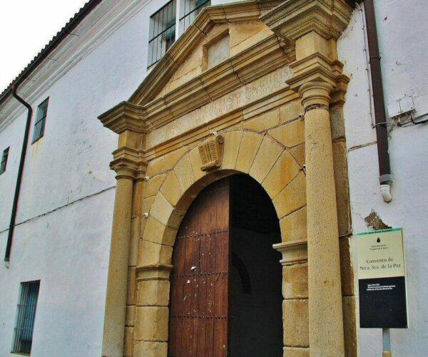 Convento de Ntra Sra de la Paz en Fregenal de la Sierra en Badajoz