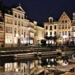 Iluminación nocturna del centro medieval de Gante