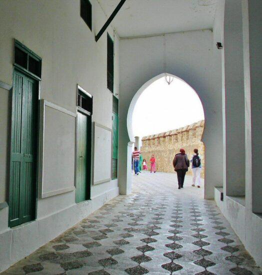 Rincón en la medina de Asilah al norte de Marruecos