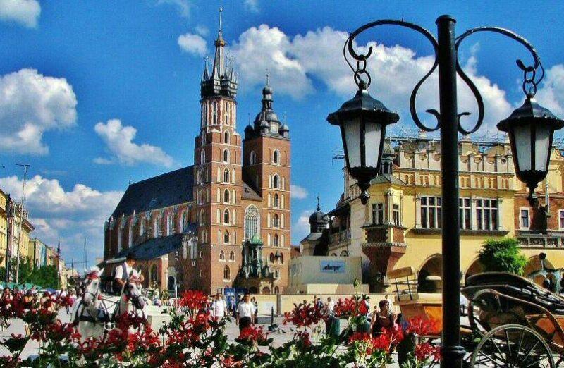 Plaza del Mercado de Cracovia en Polonia