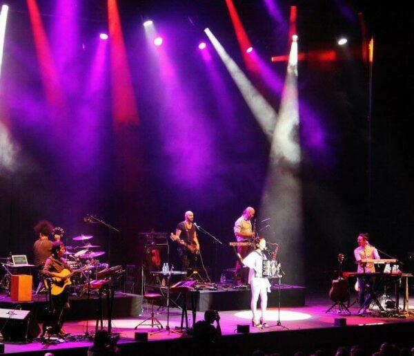 Julieta Venegas en festival Cap Roig en Costa Brava