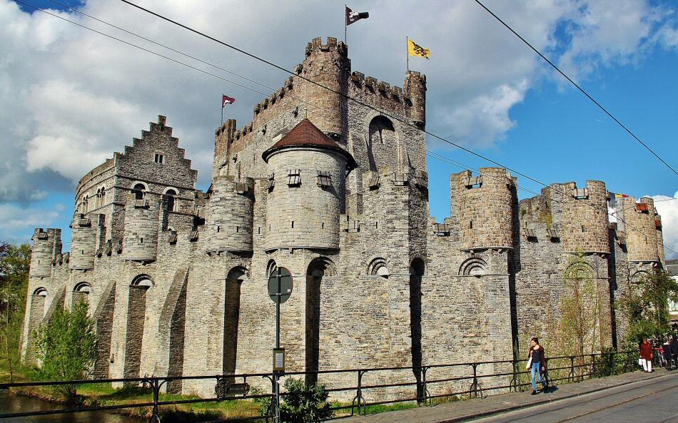 Castillo de los Condes de Flandes en Gante en la región belga de Flandes