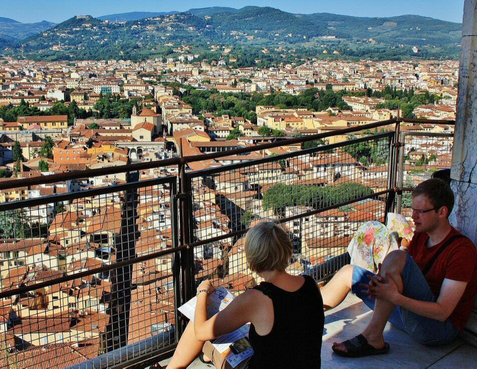 Hacer ejercicio subiendo a la cúpula de Brunelleschi en Florencia