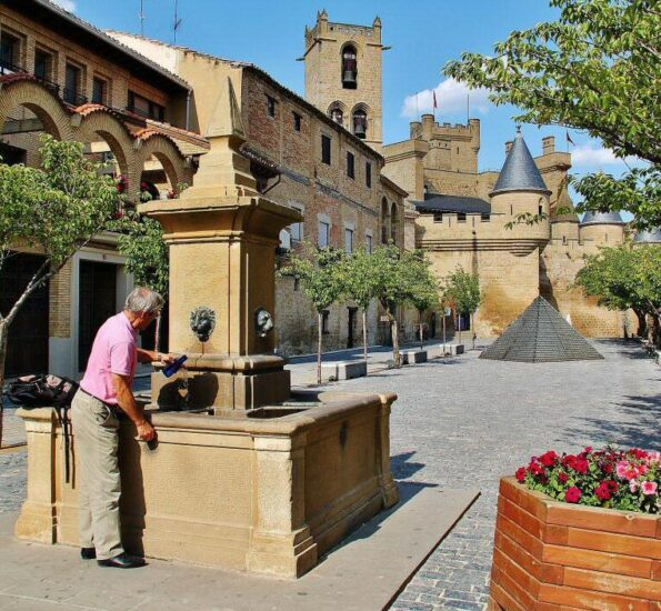Plaza Mayor de Olite en Navarra