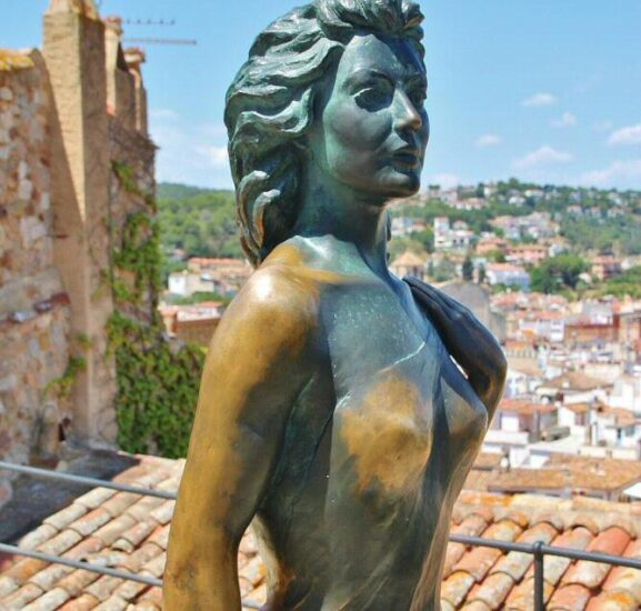 Estatua homenaje a Ava Gardner en Tossa de Mar