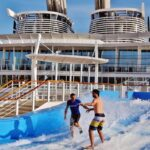 Simulador de surf en el crucero Harmony of the Seas de Royal Caribbean