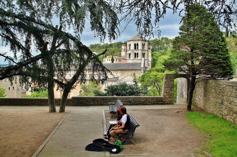 Plaza de los Jurados en Girona medieval