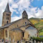 Santa María de Arties en el Valle de Arán en Cataluña